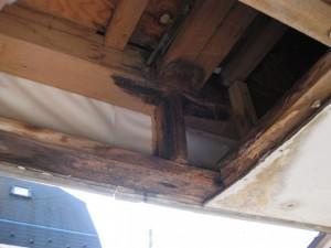 塗装工事被害例